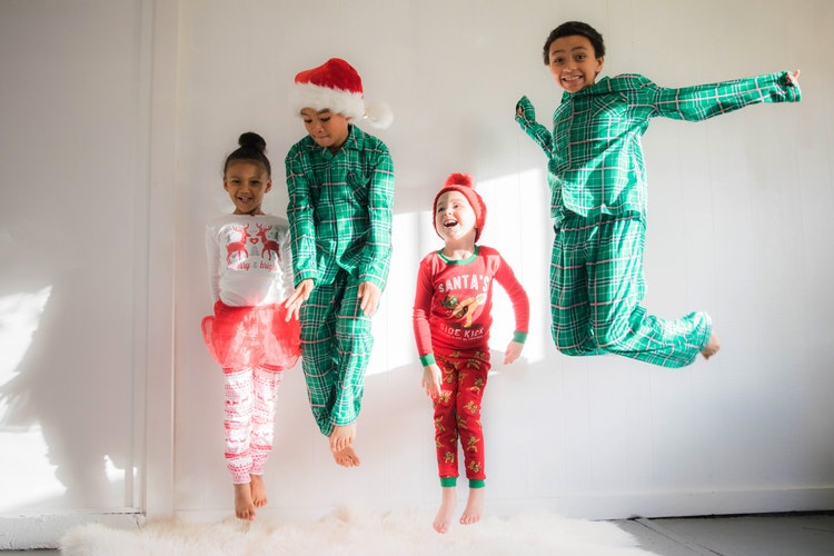 10 Lovely Pajamas for Christmas