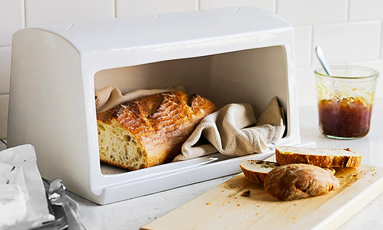 Top 10 Best Bread Boxes in 2019
