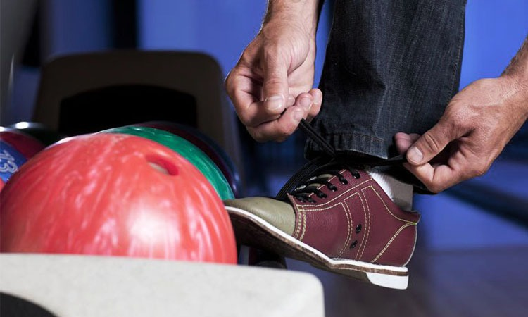 Top 10 Best Bowling Shoes For Men in 2018