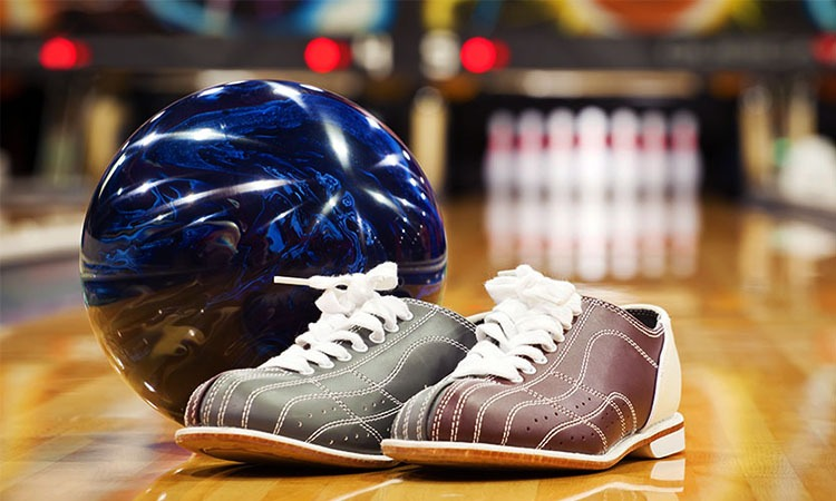 Top 10 Best Bowling Shoes For Women in 2019