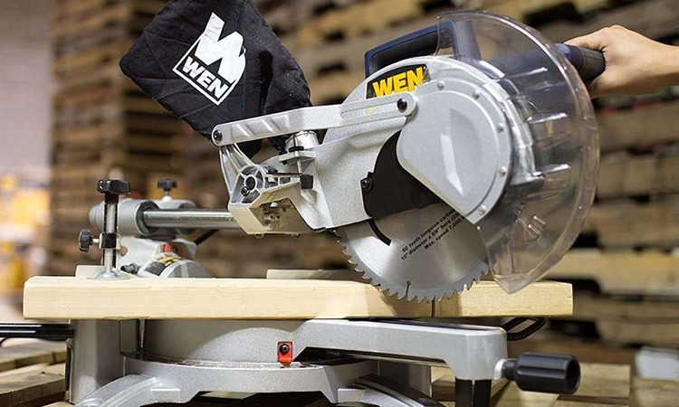 Top 10 Power Miter Saws in 2018