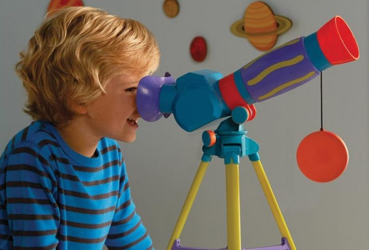 Why should kids play with Telescopes?