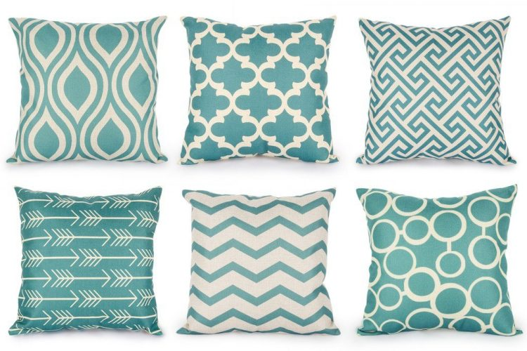 Top Finel - Throw Pillows