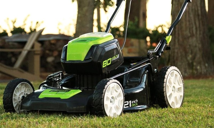 Top 10 Best Lawn Mowers In 2018 Top Rated Models You Can Buy