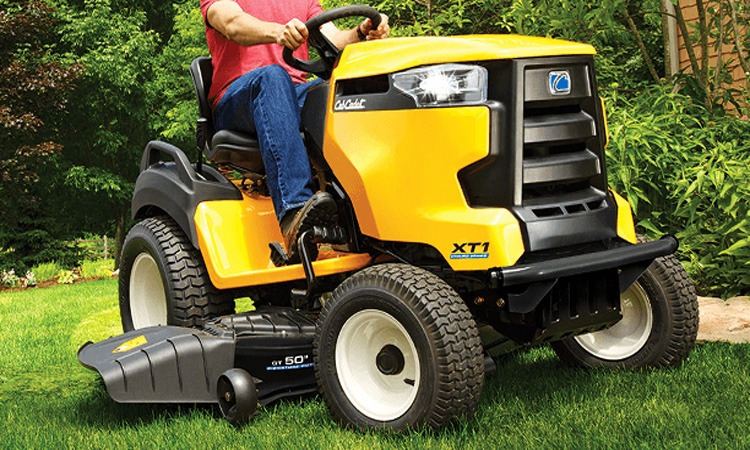Top 10 Best Riding Lawn Mowers in 2018