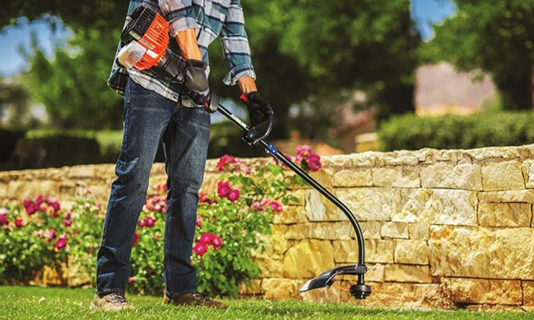 Top 10 Best Gas String Trimmers in 2019