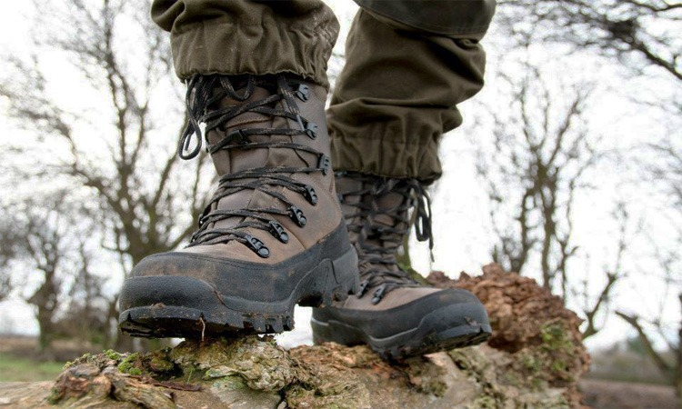 Top 10 Best Men Military Tactical Boots in 2019