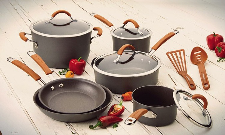 Top 10 Best Nonstick Cookware Sets in 2019