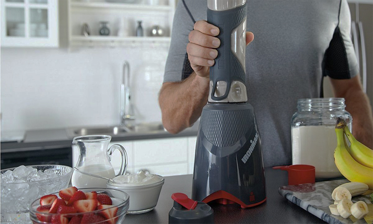 Top 10 Best Blenders for Protein Shakes in 2018