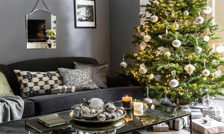 Best Artificial Christmas Trees in 2019 | For The Upcoming Holiday!