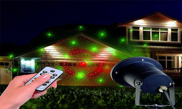 Top 10 Best Outdoor Laser Lights for Christmas in 2019