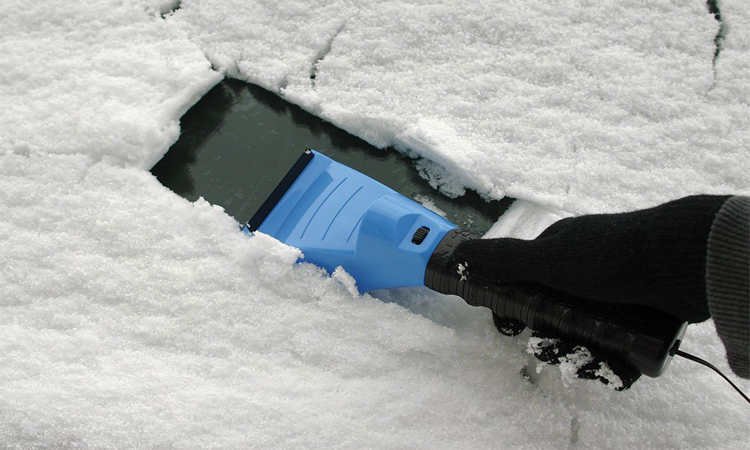 Top 10 Best Snow and Ice Scrapers in 2018