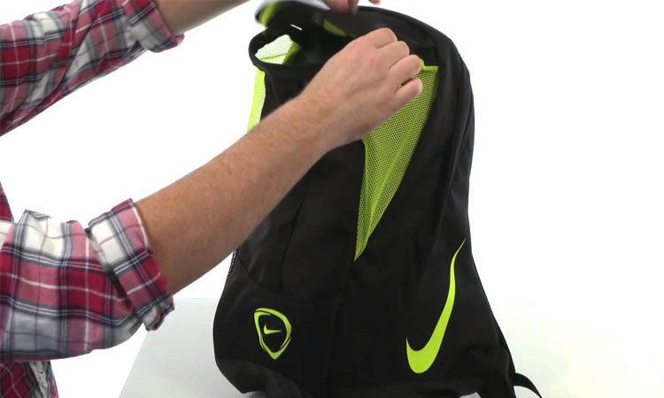 Best Soccer Bags | A Must Have for Any Football Player