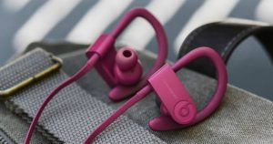 - Beats Powerbeats3 Wireless