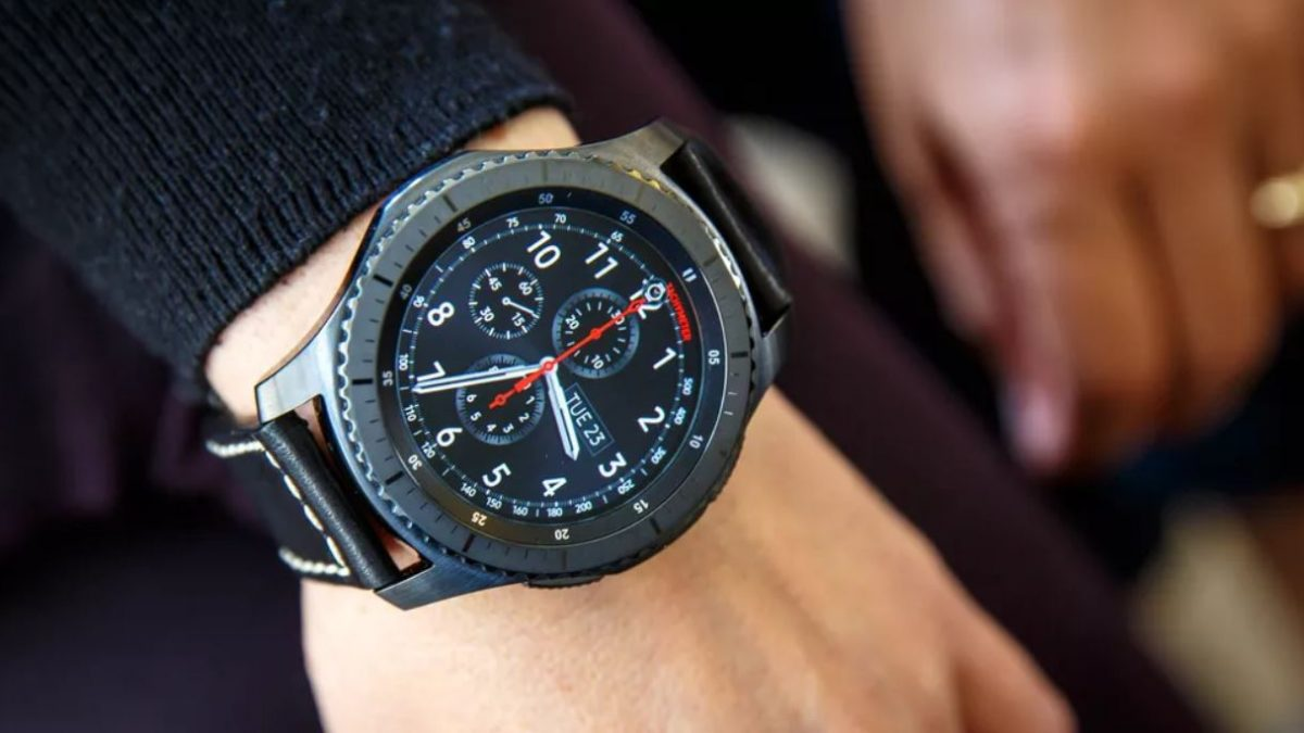Samsung Gear S3 | Connect With Time!