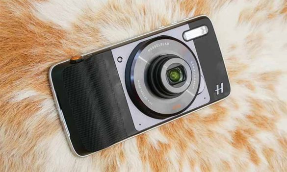 Hasselblad True Zoom Moto Mod
