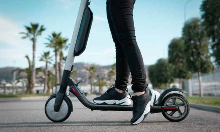 buying electric scooter