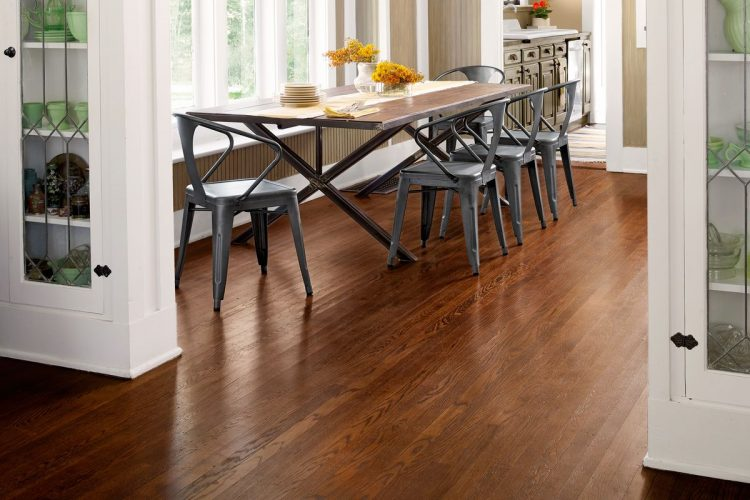How Do You Polish Wood Floors?