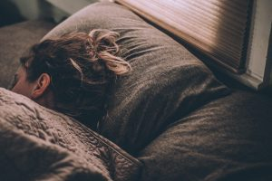 6 Things You Should Know When Choosing a Pillow for Sleep Apnea