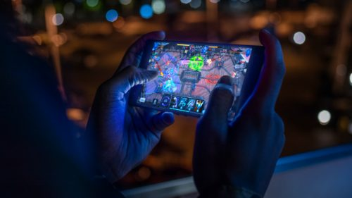 Introduction to Mobile Gaming