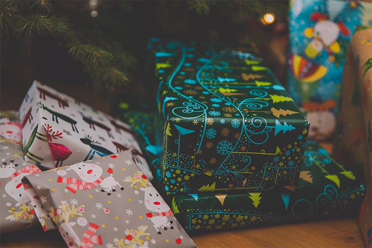Best Christmas Wrapping Paper